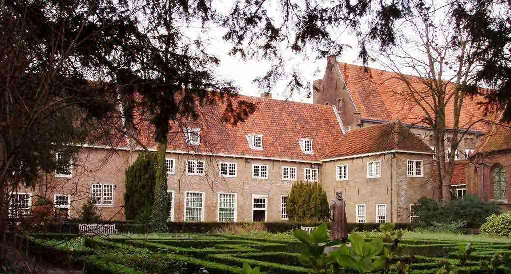 Tour Prinsenhof & Gardens