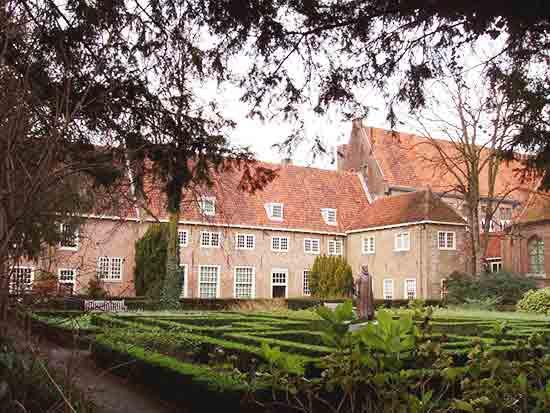 Prinsenhof & Garden Delft Tour